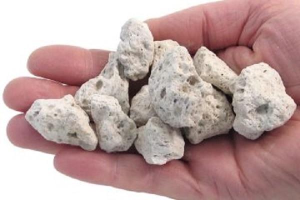 میزان تخلخل در سنگ معدنی